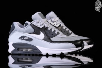 finest selection fa01a 72cab NIKE AIR MAX 90 ESSENTIAL WOLF GREY. 537384-083