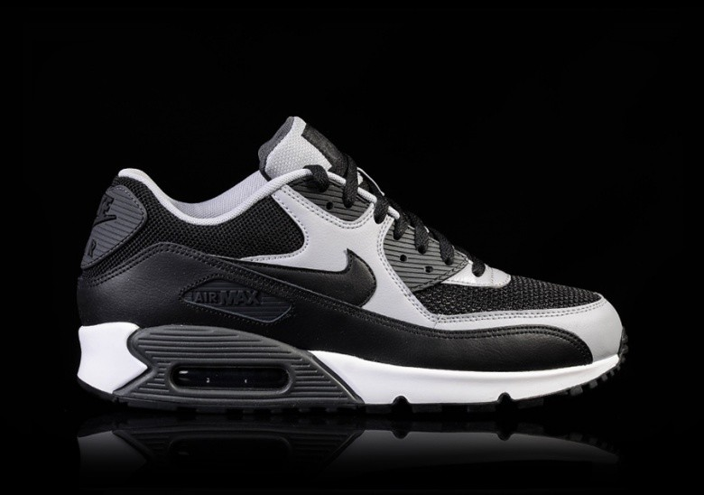 Nike Air Max 90 Essential – Black Black – Dark Charcoal