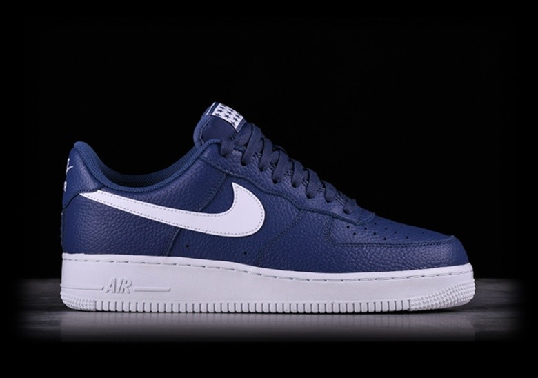 cheap for discount 5af20 6d4e0 NIKE AIR FORCE 1  07 BLUE RECALL