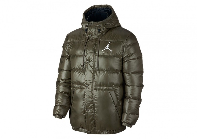 NIKE AIR JORDAN JUMPMAN PUFFER JACKET OLIVE CANVAS pour €152 477329e3437