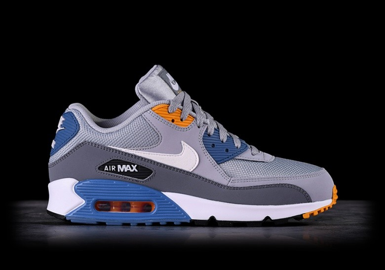 212f008cfb802 NIKE AIR MAX 90 ESSENTIAL WOLF GREY pour €125,00 | Basketzone.net