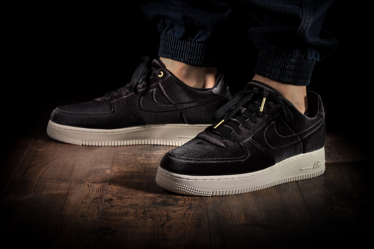 NIKE AIR FORCE 1 '07 PRM 3 for £105.00