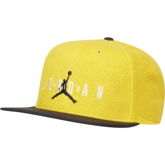 NIKE AIR JORDAN PRO SPORT DNA TERRY CAP AMARILLO
